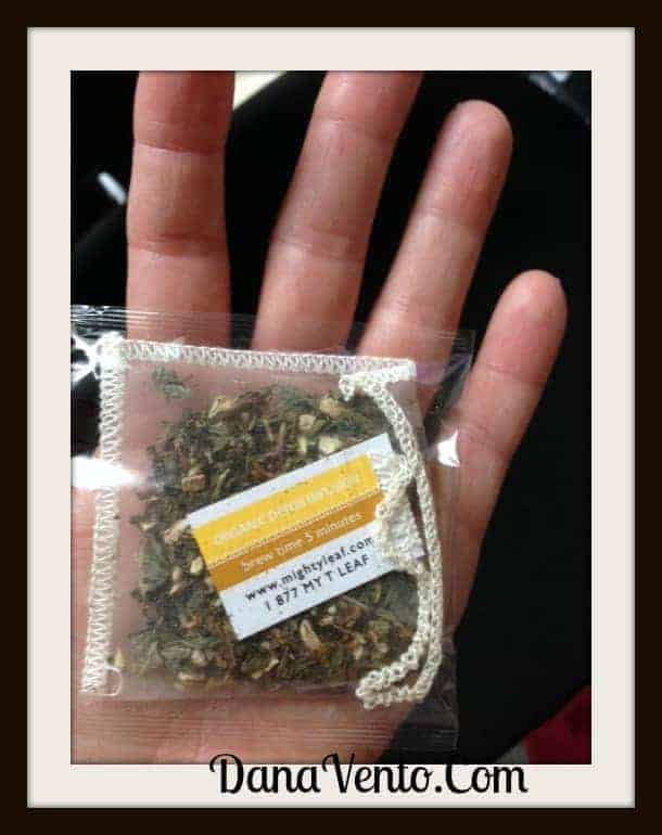 MIghty Leaf Tea, Tea, Tea Drinking, holidays, gifting, gift set, teatop brewing mug, dana vento