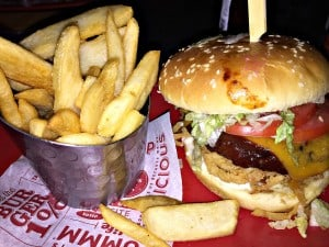 3 Reasons To Eat At Red Robin