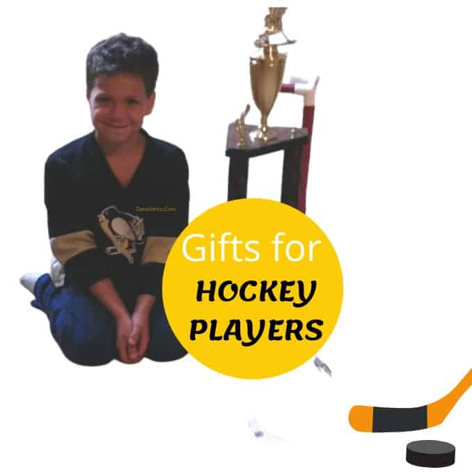 niko with his trophy for ice hockey