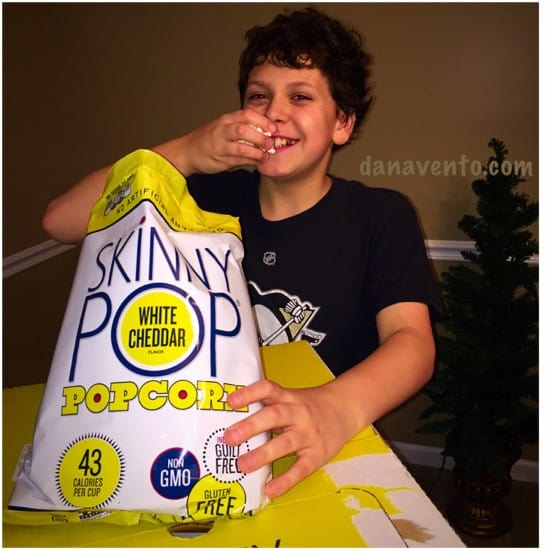 Allergen free, no nut, nut free, tree nut free, dairy free, gluten free, skinnypop popcorn, flavors, gifting, holiday gifting ideas, gifts, skinnypop popcorn, popcorn, children with food allergies, ad