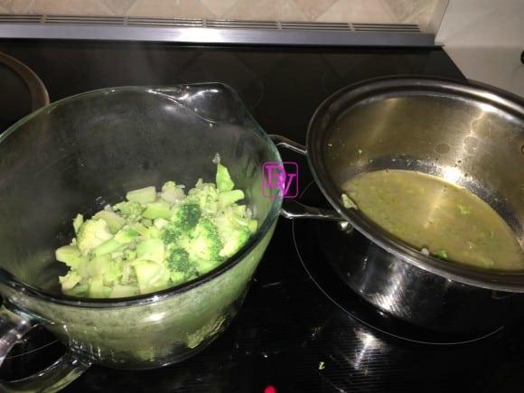 broccoli-cheddar-broth-removing