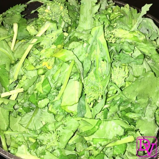 how to clean rapini, broccoli rabe, veggie, meatless, vegetable, cruciferous, leaves, stems, buds, Cooking, food, homemade, artisan, food prepared, prepared at home, how to, food diy, recipe, food recipe, food instructions, how to cook, food prep, greens, meatless, meat, food post, recipe post, diy post, kitchen, hands on, yummy, delicious, green and mean, fabulous food, easy to prepare, at home preparation, food prep in your home, you are the chef, go you, cooking recipes, edible, good eats, yummy, instant food, instant good, meals at home, dinner, lunch, side dishes, picnics, parties, Cooking, food, homemade, artisan, food prepared, prepared at home, how to, food diy, recipe, food recipe, food instructions, how to cook, food prep, greens, meatless, meat, food post, recipe post, diy post, kitchen, hands on, yummy, delicious, green and mean, fabulous food, easy to prepare, at home preparation, food prep in your home, you are the chef, go you, cooking recipes, edible, good eats, yummy, instant food, instant good, meals at home, dinner, lunch, side dishes, picnics, parties,