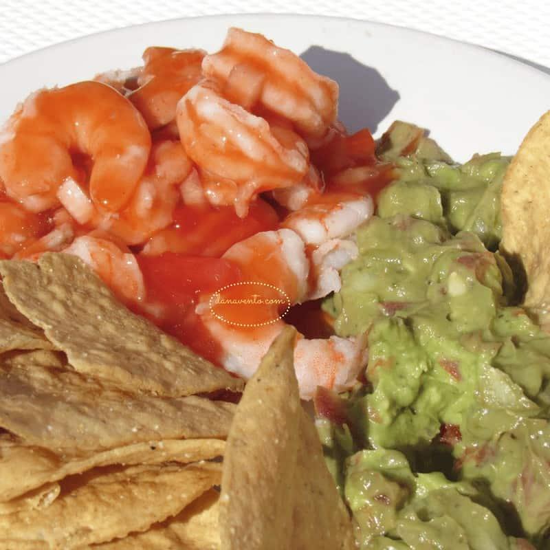 Shrimp, guac and nachos