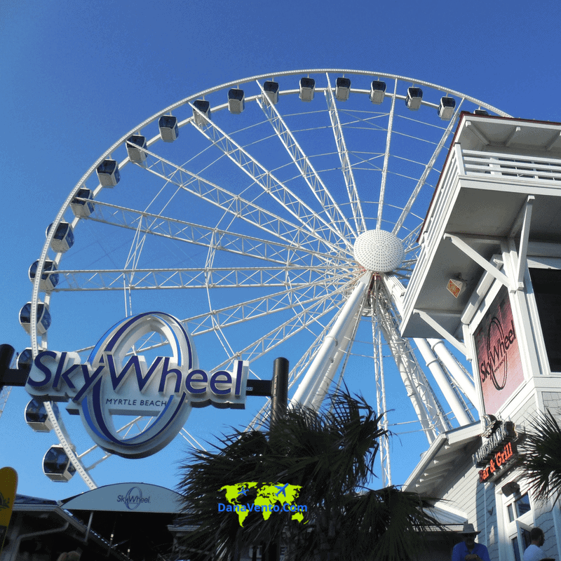 The SkyWheel at Myrtle Beach from land.