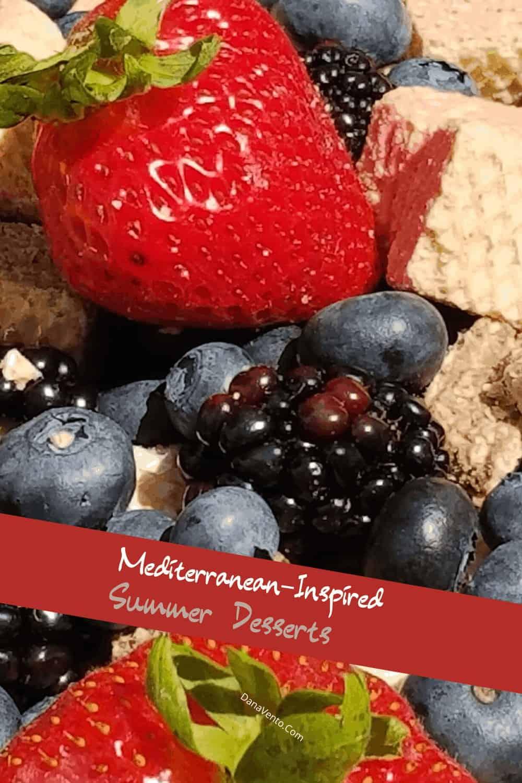 Fresh berries with Quadratini wafers