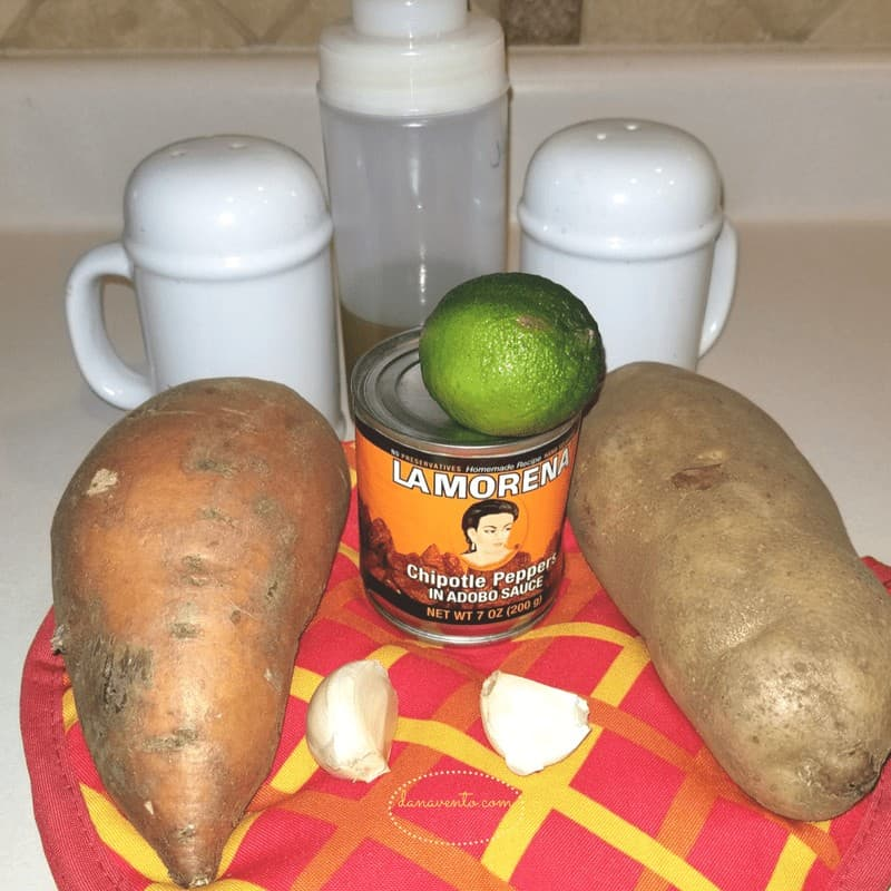 LA MORENA®, Peppers, Sweet potatoes, recipe, food, baked recipe, potato recipe, sweet potatoes, white potatoes, roasted potatoes, potato medley, garlic, salt, olive oil, cut, chop, bake, spice up, fresh lime, lime juice, zest lime, citrus, adobo chipotle sauce, chipotle peppers, cut, open, cooking, recipe for vegetarians, veggies, vegetables, baking veggies, turn up recipes, cooking, Chipotle Garlic And Lime Roasted Potato Medley