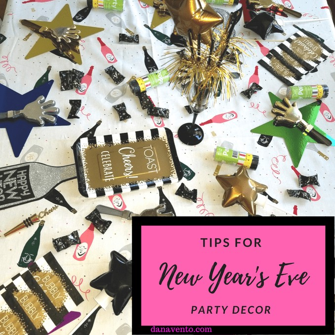 New Year's Eve, New Year's Eve Simple Decor, Decorate, Holidays, DIY, Oriental Trading Company, Tips, Tricks, DIY, Poppers, Napkins, Paper Plates, Tablecloth, Clappers, Balloons, fast, easy, shiny, new year, new party, party, celebration, occasion, champagne, kids, family, friends, Tips For New Year's Eve Party Decor