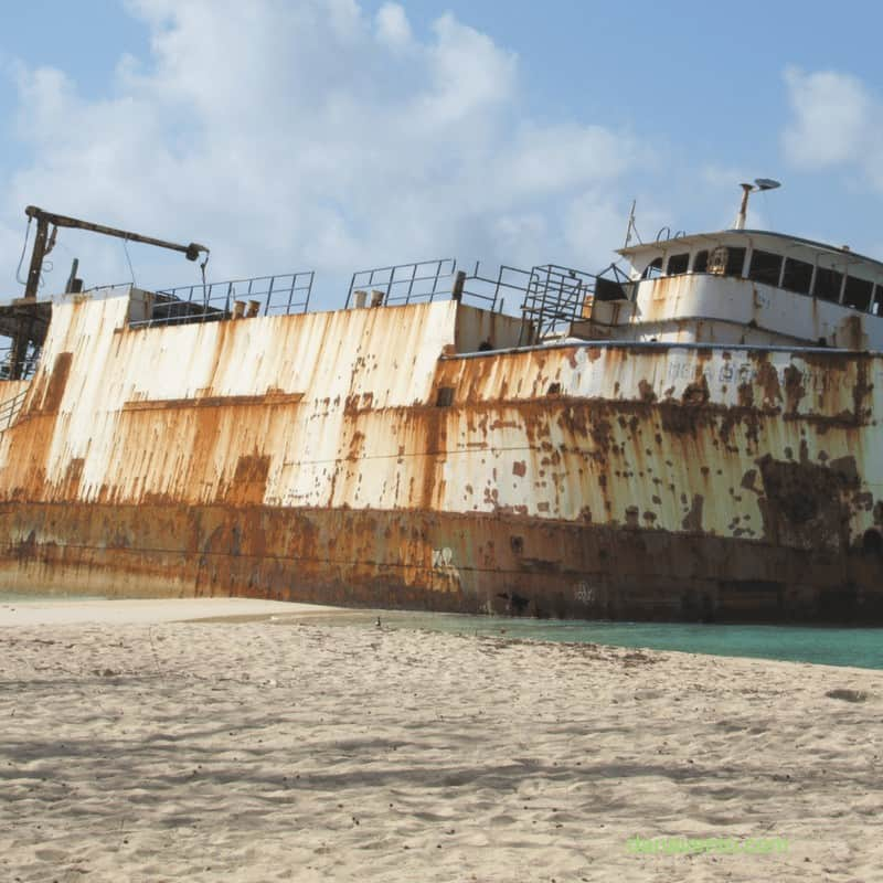 discover Grand Turks at Governor's Beach sunken ship