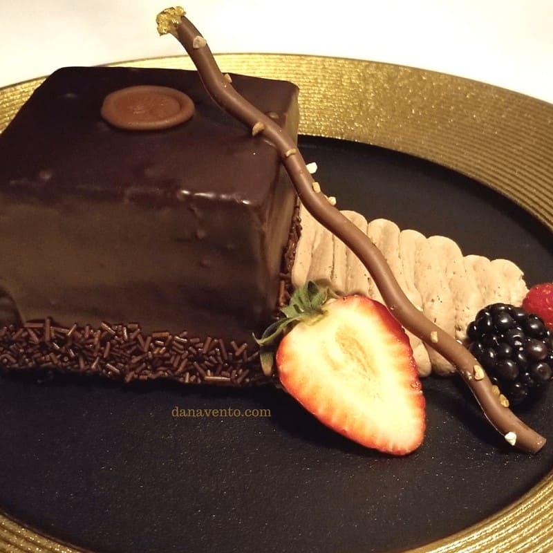 chocolate cake. Vegas Steakhouse