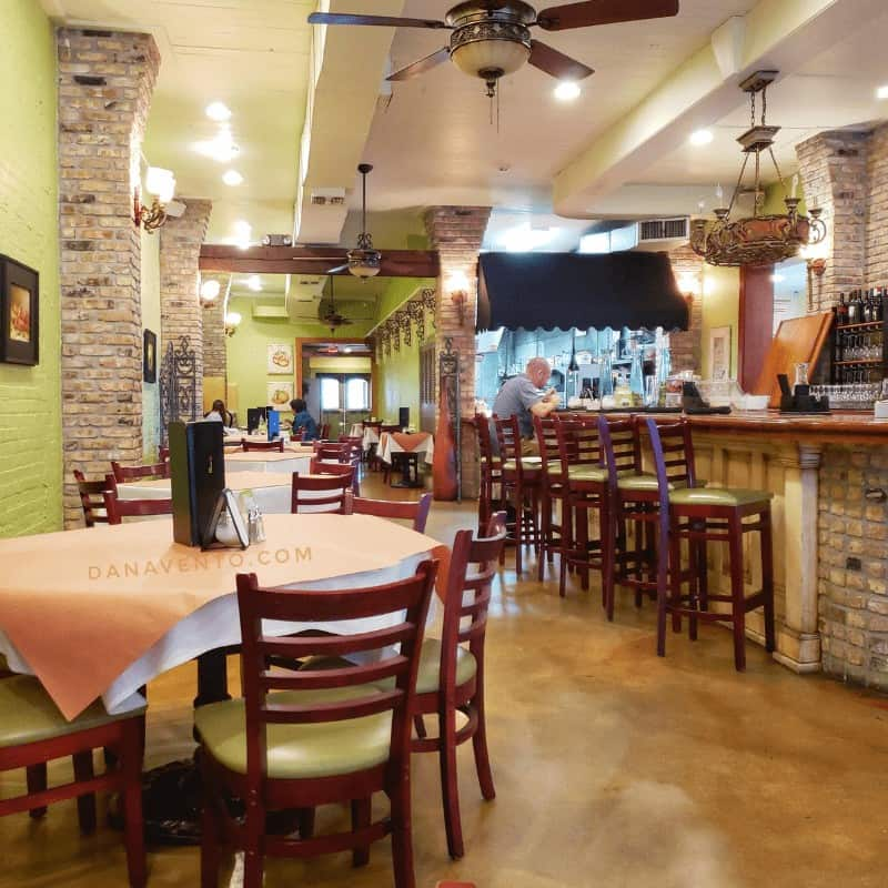 Interior of Dominique's Bayou Country Lunch Destinations
