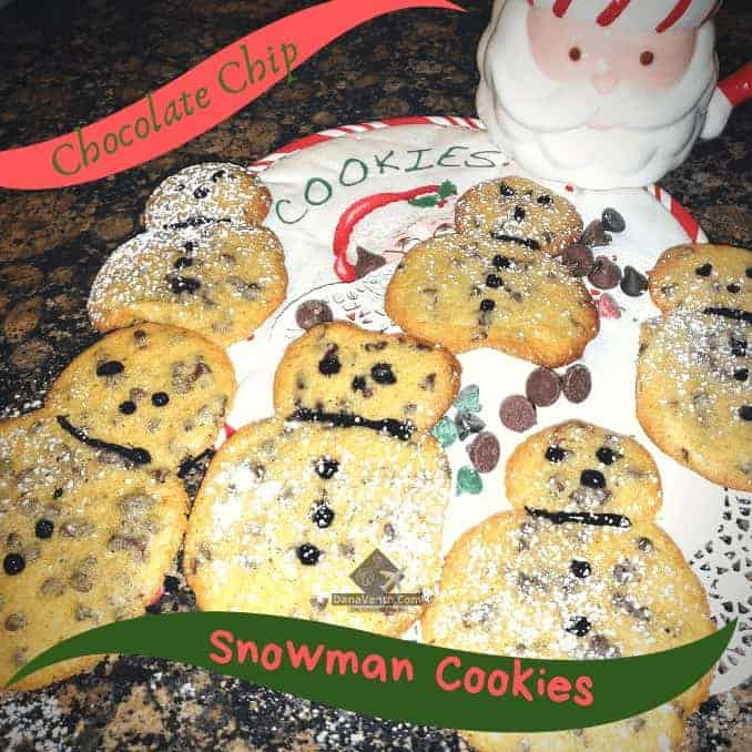 Chocolate Chip Snowmen Cookies, Recipe, batter, ingredients, how to video, how to make snowman, Cookie, cookies, for season, October, November, December, February, January, March, snow, fall, winter, seasonal cookie, Holiday Cookie, Christmas cookie, chocolate chip into snowman, by the dropper, silicone mat, how to, video tutorial, parchment, cooking, baking, holiday baking, baking for parties, tips, tricks, easy, fun, holiday spirit, icing, diy holiday baking, Pittsburgh Blogger, Pittsburgh Food Writer, Simple DIY, Baking Mistake