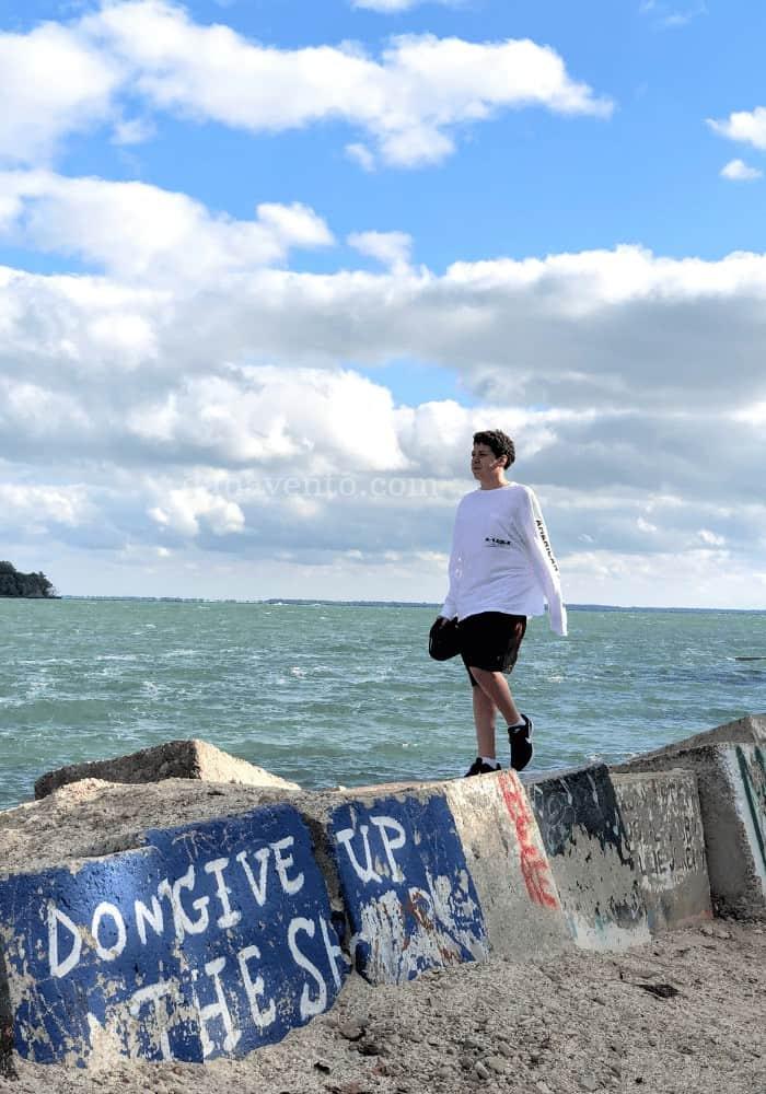 Put-In-Bay Walking on Graffiti rocks