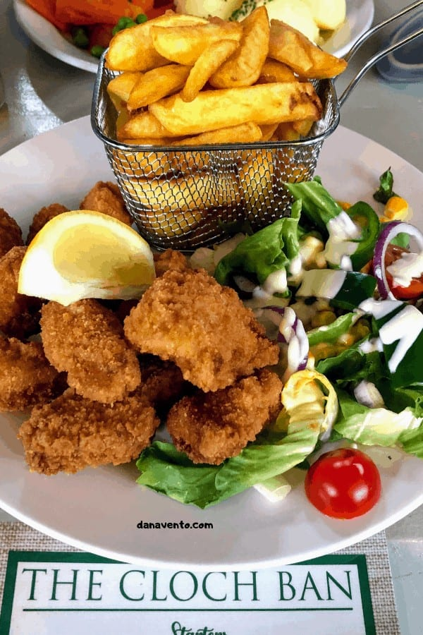 Shrimp scampi in a basket. Irish pub in Clonroche