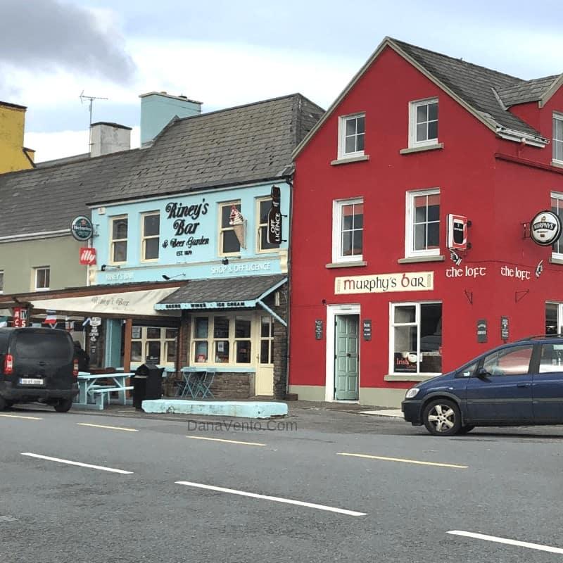 Murphy's Bar in Village of Sneem