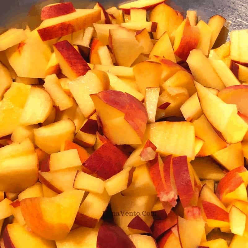 Peaches in chunks
