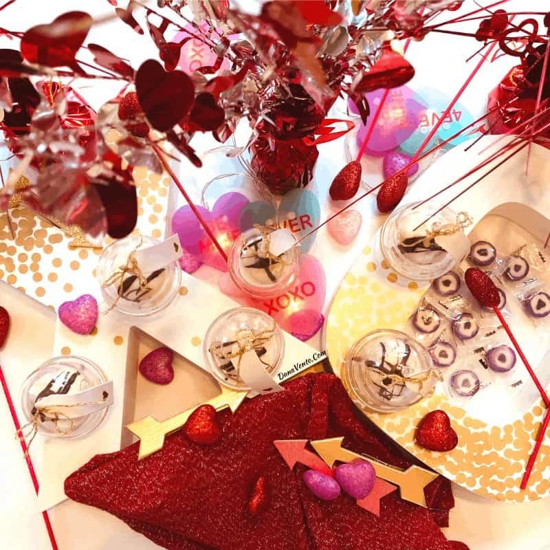 xo and cherries with light