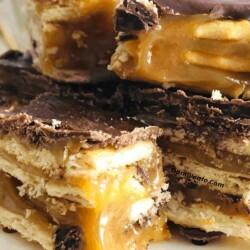 no bake caramel cracker bar up close