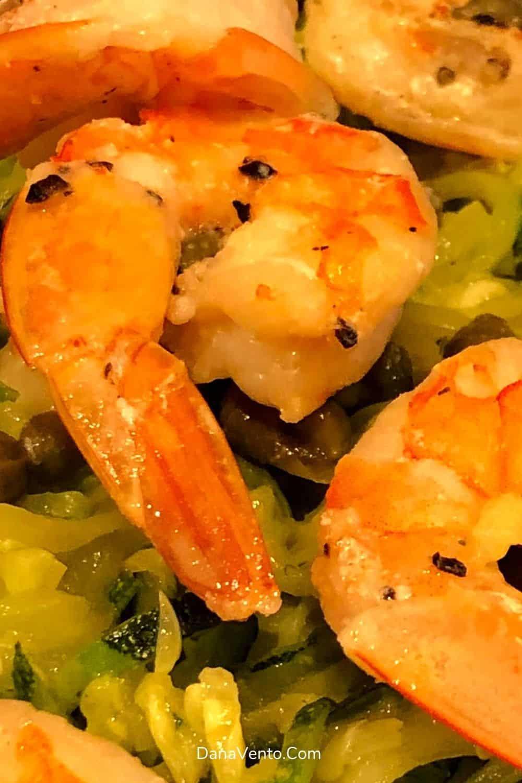 Noom Friendly Shrimp Scampi with zucchini black pepper