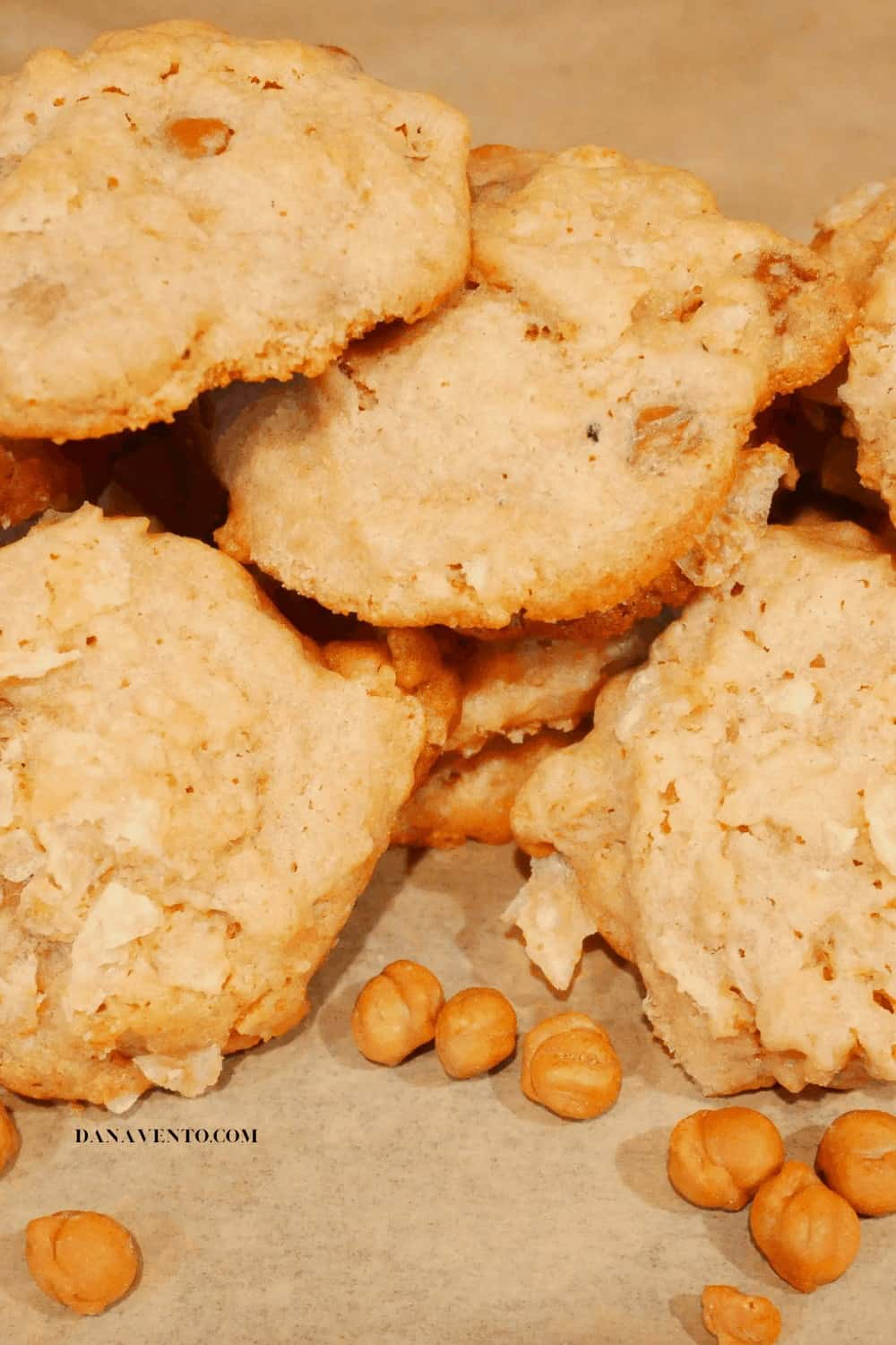 Really Yummy Sweet and Salty Caramel Potato Chip Cookies