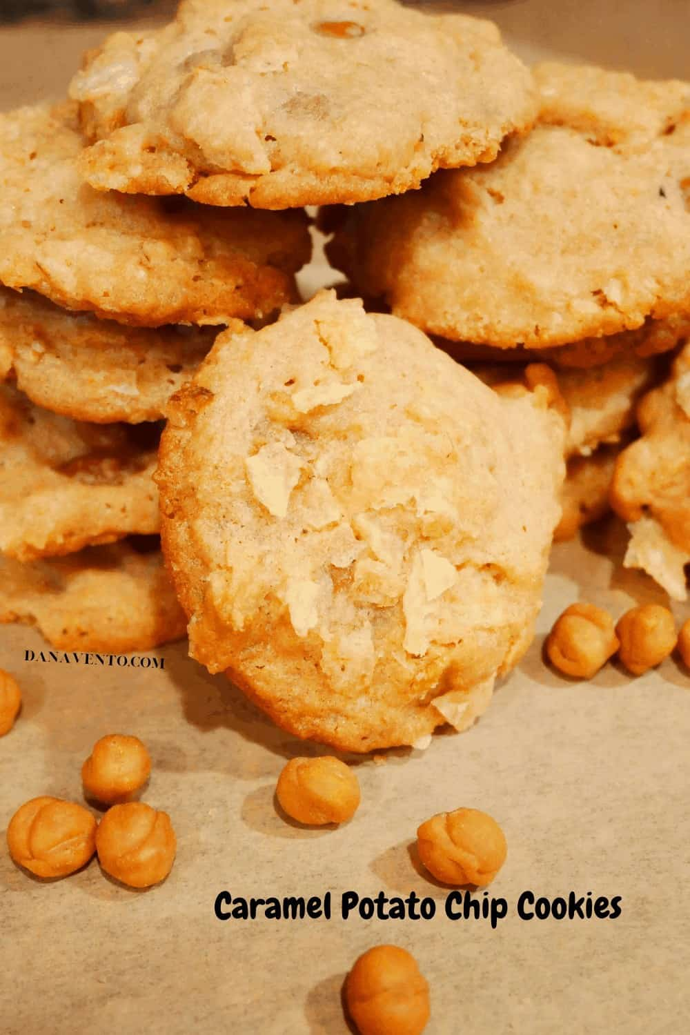 Potato Chip Cookie with caramels