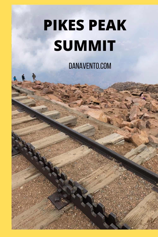 Colorado Springs Adaptable Summer Packing List FROM PIKES PEAK