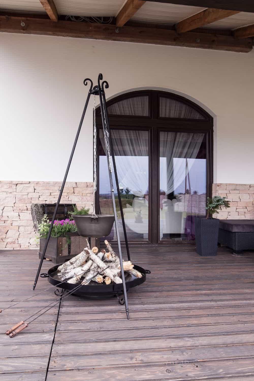 Weatherproof Smart Outdoor TV patio in need of tv