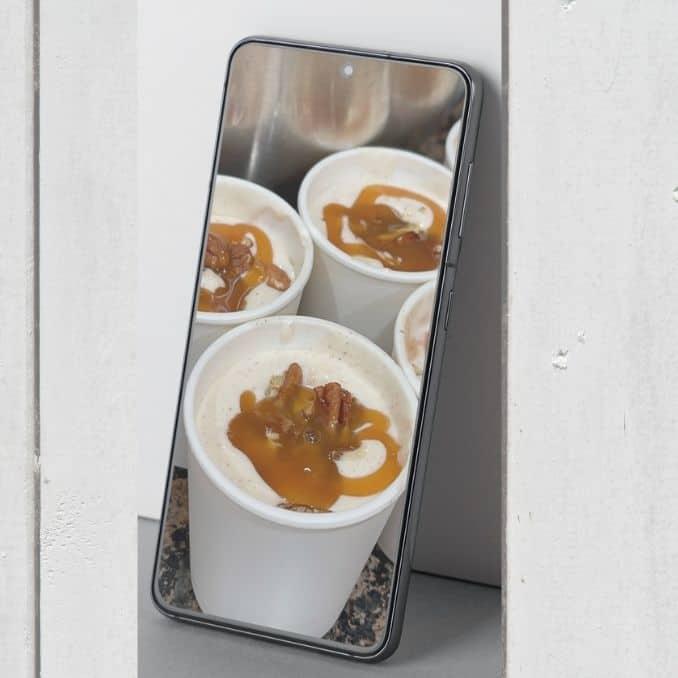Apple Pie Ice Cream in containers 1