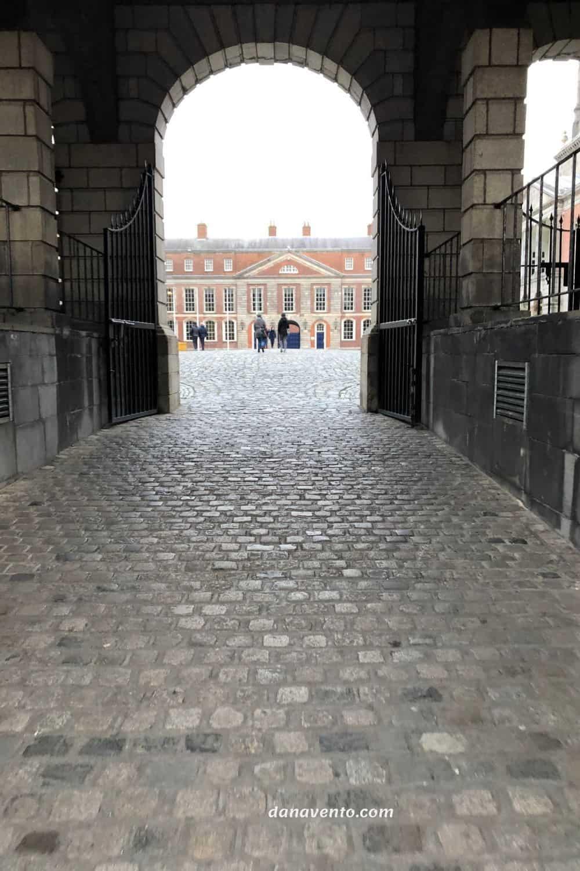 Temple Bar Area of Dublin Sightseeing